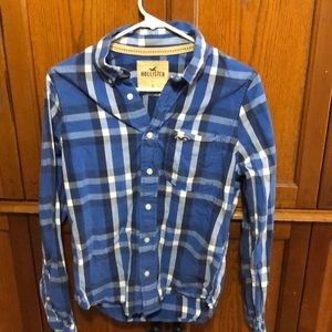 Men's Hollister small button shirt
